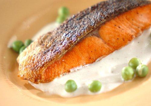 鮭ソテーのヨーグルト漬け