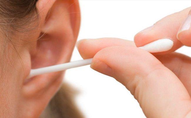綿棒での正しい耳掃除