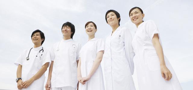 病院スタッフの制服