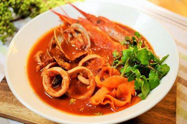 ブイヤーベース風スープ(海の幸)